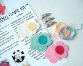 M2MG - Kids Craft Kit - Threadibilities Clip Kit (TM) - Spring Rainbow Colllection