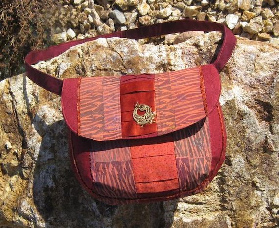 Nori handpainted ruse, range and maroon Sunset shoulder bag