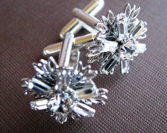 Winter Sparkle - Shining Swarovski Snowflake Cuff Links in Clear Crystal