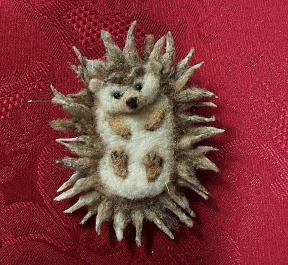 Hedgehog Pin, Needle felted Brooch, pet jewelry