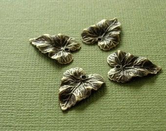 vintaj brass woodland leaf charms, four 18mm x 14mm woodland leaf charms, vintaj brass leaf
