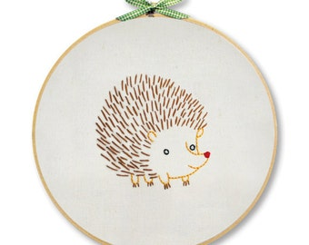 KIT embroidery hedgehog wall art
