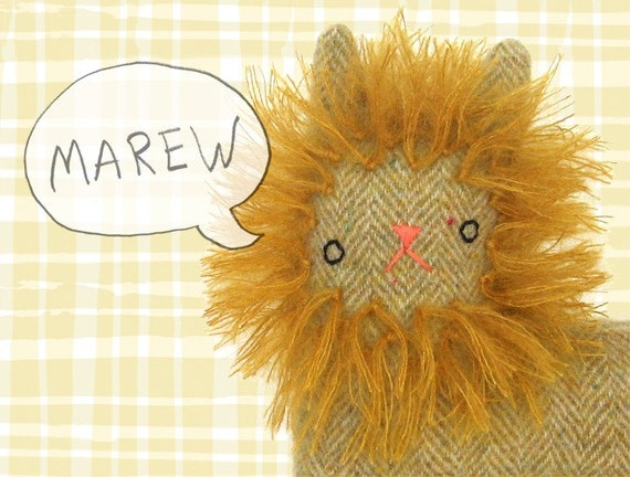 Lion Kitty no.114 gold herringbone with mohair mane