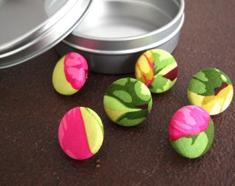 Size 30 or 3/4 inch Fabric Covered Button Thumbtacks - Flowers and Leaves