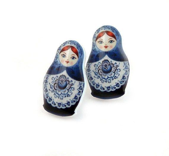 Russian Doll Matryoshka Babushka Earrings Studs Posts Blue White Plastic Resin