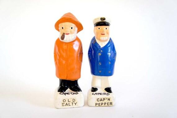 Fishermen S/P Shakers, Souvenir of Cape Cod
