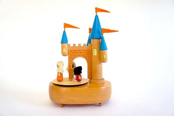 Schmid Camelot Castle Musicbox