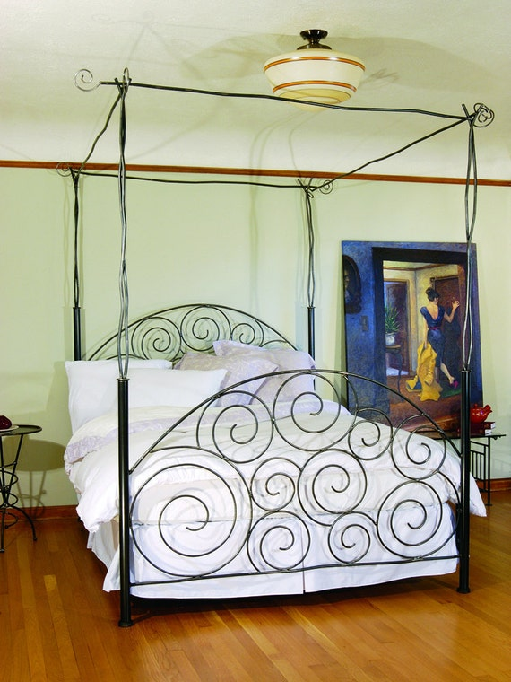 Spiral Bed with Canopy