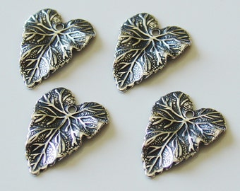 14 x 18mmTrinity Brass Co. Antique Silver Detailed Leaf Charm - 4 Pcs - LCF774AS