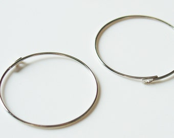 25mm Silver Earring Hoops - 20 Pieces - 1019