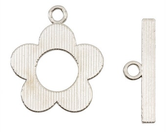 20.5mm X 25mm Silver Flower Toggle - Nickel Free - 2 Toggles - 0907SL