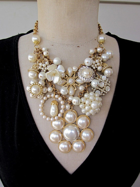 Vintage Charm Necklace Wedding Necklace Pearl Necklace