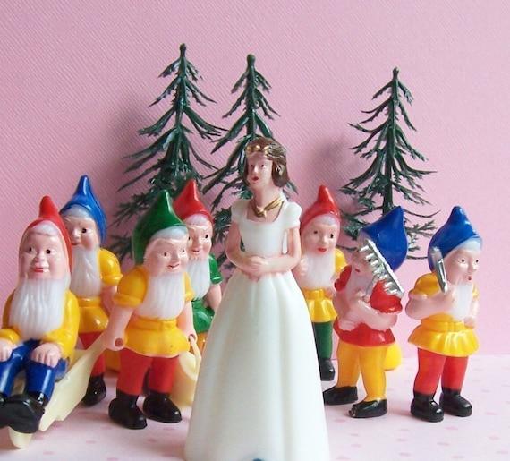 RESERVED for TrashDisco Snow White Cake Topper Set