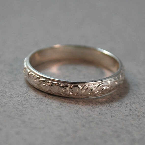 Sterling Silver Ornate Patterned Ring - Size 9.5
