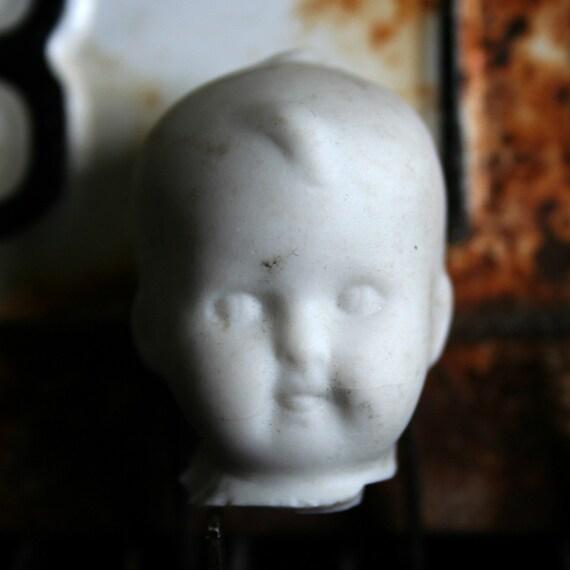Vintage German Bisque Dug Up SWEET Doll Head Frozen CHARLOTTE 33az2b