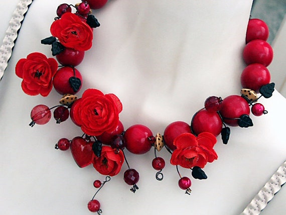 Red Necklace, Red Rose Necklace, Statement Necklace, Red Gothic Necklace, Mori Girl Necklace.  Red Bridal Wedding Necklace 'HELL ROSE'