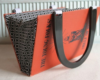 The Young Folks' Shelf of Books.....Book Purse