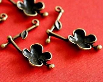 Sale 12pcs Antique Bronze Flower Pendants EA11637Y-AB