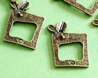 Clearance 20pcs Antique Bronze Bud In Rectangle Pendants EA10967Y-AB