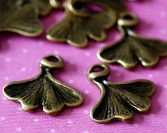 24pcs Antique Bronze Leaf Charms (13mm ) EA10448Y-AB