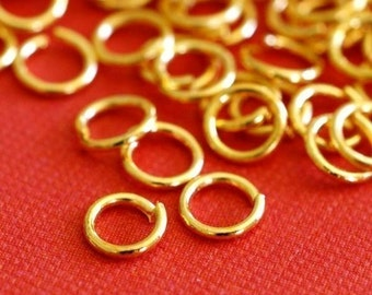 200pcs Golden Finish Jumprings 4mm