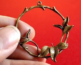 Sale TOP QUALITY 2pcs Antique Bronze Leaf with Hoop Pendants EC4461Y-AB
