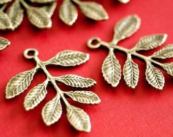 Sale 20pcs 34mm Antique Bronze Leaf Connectors
