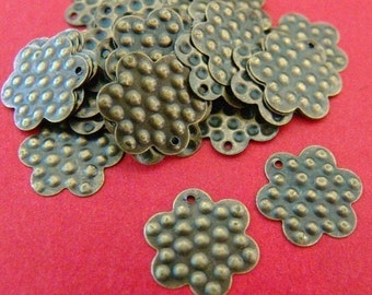 Clearance 45pcs 15mm Antique Bronze Flower Charms I-04