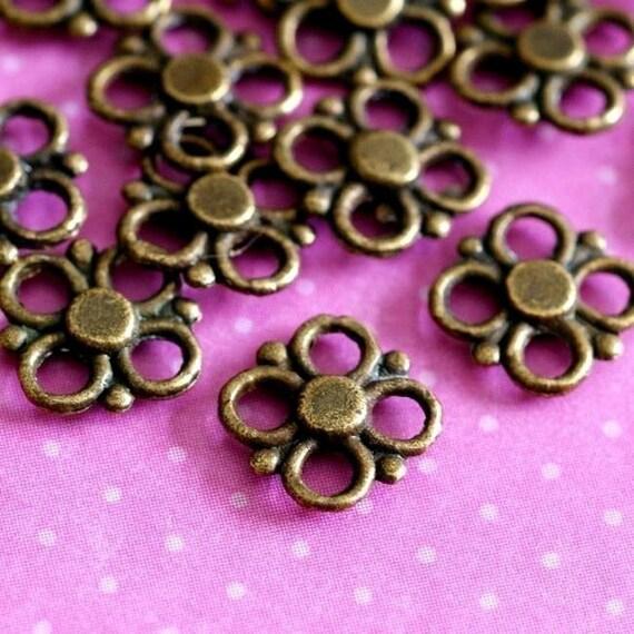 Sale 24pcs Antique Brass Clover Flower Connectors-Lead Free
