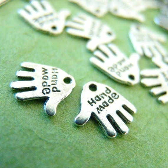25pcs ANTIQUE SILVER HAND CHARMS 12mm-Nickel Free