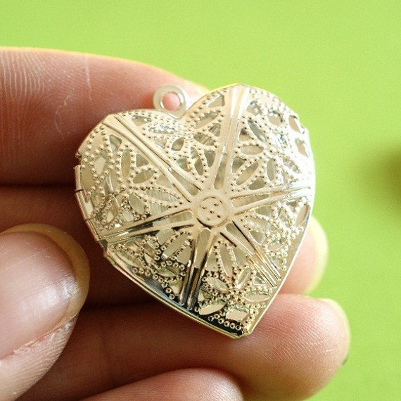 Sale 4pcs Silver Tone Filigree Heart Photo Lockets 28mm E695Y-S