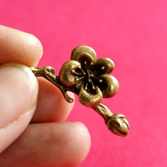 Sale Lead Free 10pcs Antique Bronze Flower Pendants