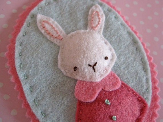 Rabbit's Favourite Outfit - Felt Ornament Decoration and Hand Embroidery PDF Pattern