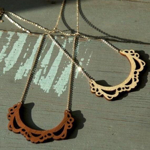 Like Lace Necklace, Maple