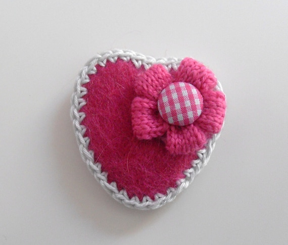 Brooch Felt Heart safety pin Pink Fuchsia Ivory White- Handmade brooch Crocheted Flower