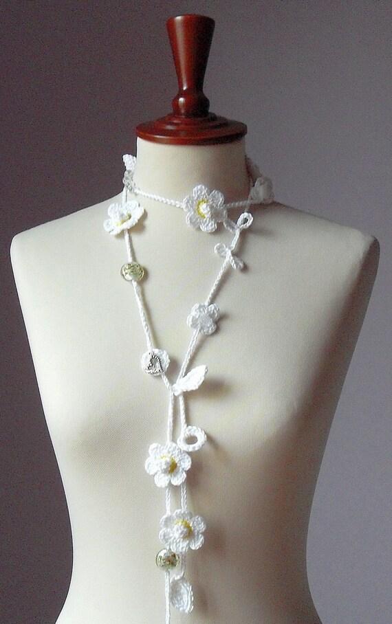ALLEGRO - Handknit Crochet Necklace White