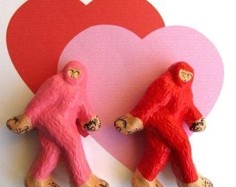 BigFoot Magnet Set - Pink and Red