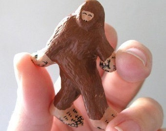 Bigfoot Pin