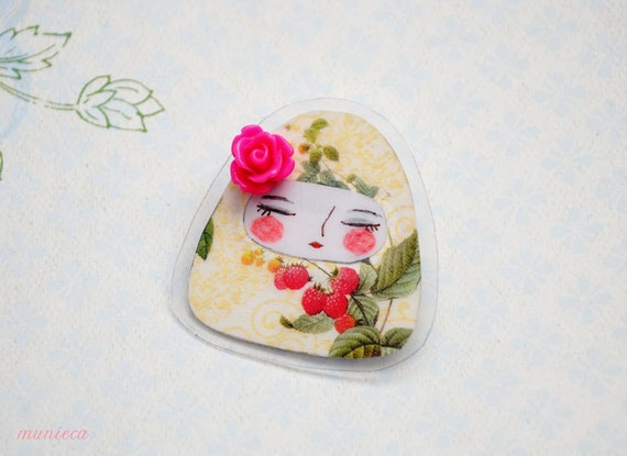 Raspberry - Matryoshka pin brooch
