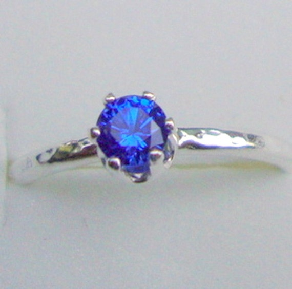 Ring 4mm VVS lab grown or natural blue sapphire in solid eco-friendly sterling silver - Custom Made in your Size - choose your stone