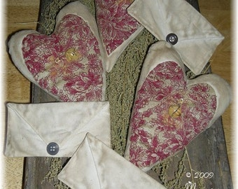 Primitive Folk Art Valentines Hearts and Letters Bowl Fillers Ornies Dolls Handmade Prim