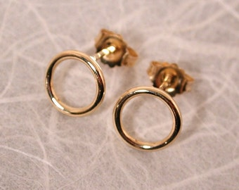14k Gold Hoops Small Circle Stud Earrings 8.5mm Plain Round Gold Earrings by Susan Sarantos
