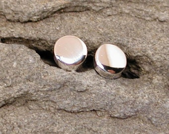 Classic Stud Earrings 3mm Sterling Silver Small Round Ear Studs by SARANTOS