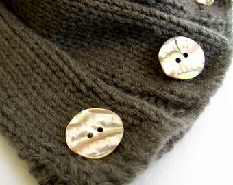 Knitted Scarflette in Pure Wool with Vintage Buttons by Sheeps Clothing