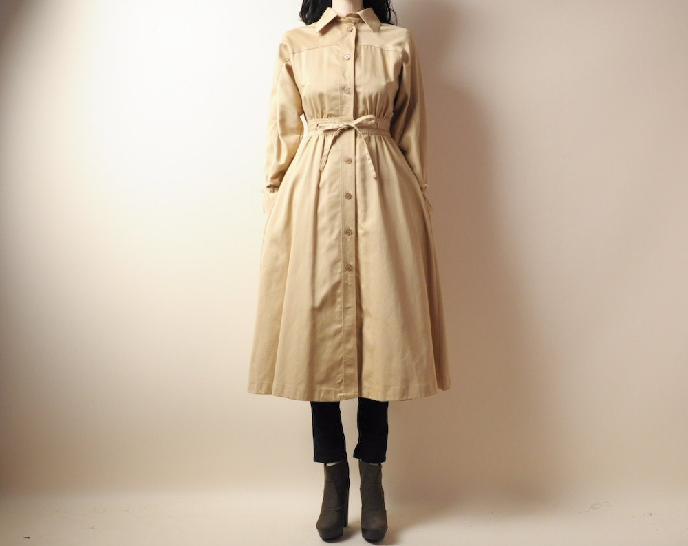 beige canvas princess trench coat sm by persephonevintage