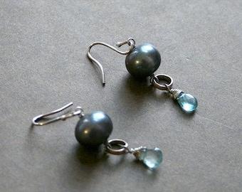 Cultured Pearl w Aquamarine Earrings
