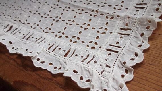 Vintage lace - antique white