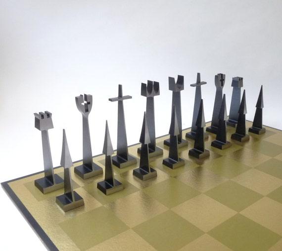 Modern austin alcoa aluminum chess set by mascarajones on etsy - Chess board display case ...