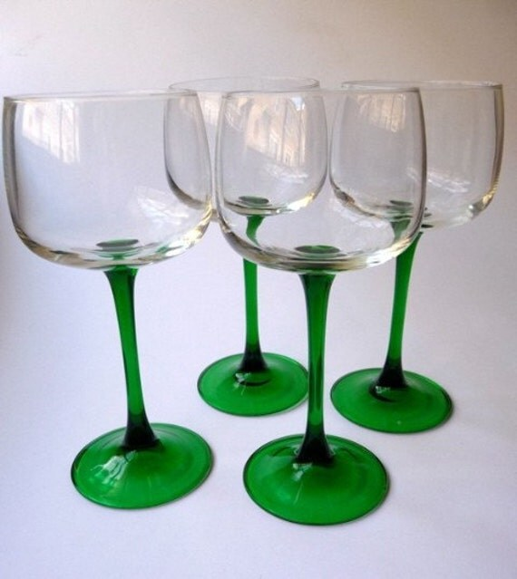 Kelly Green Modern Vintage Red Wine Glasses-Set of by ...