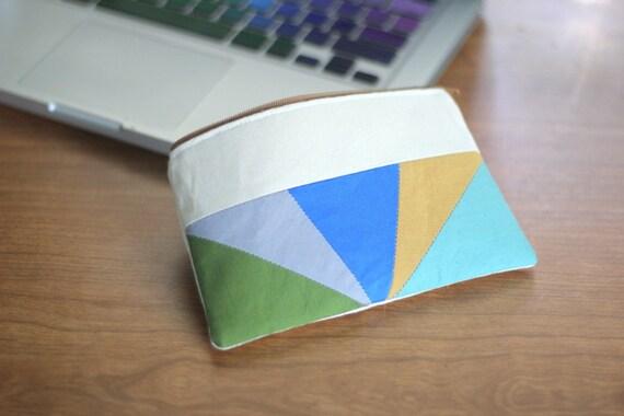 Color Block Triangles Zipper Pouch